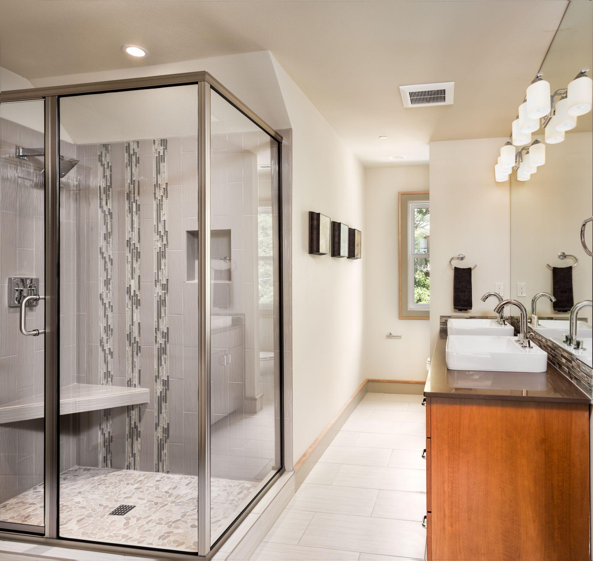 Monteur für duschkabinen