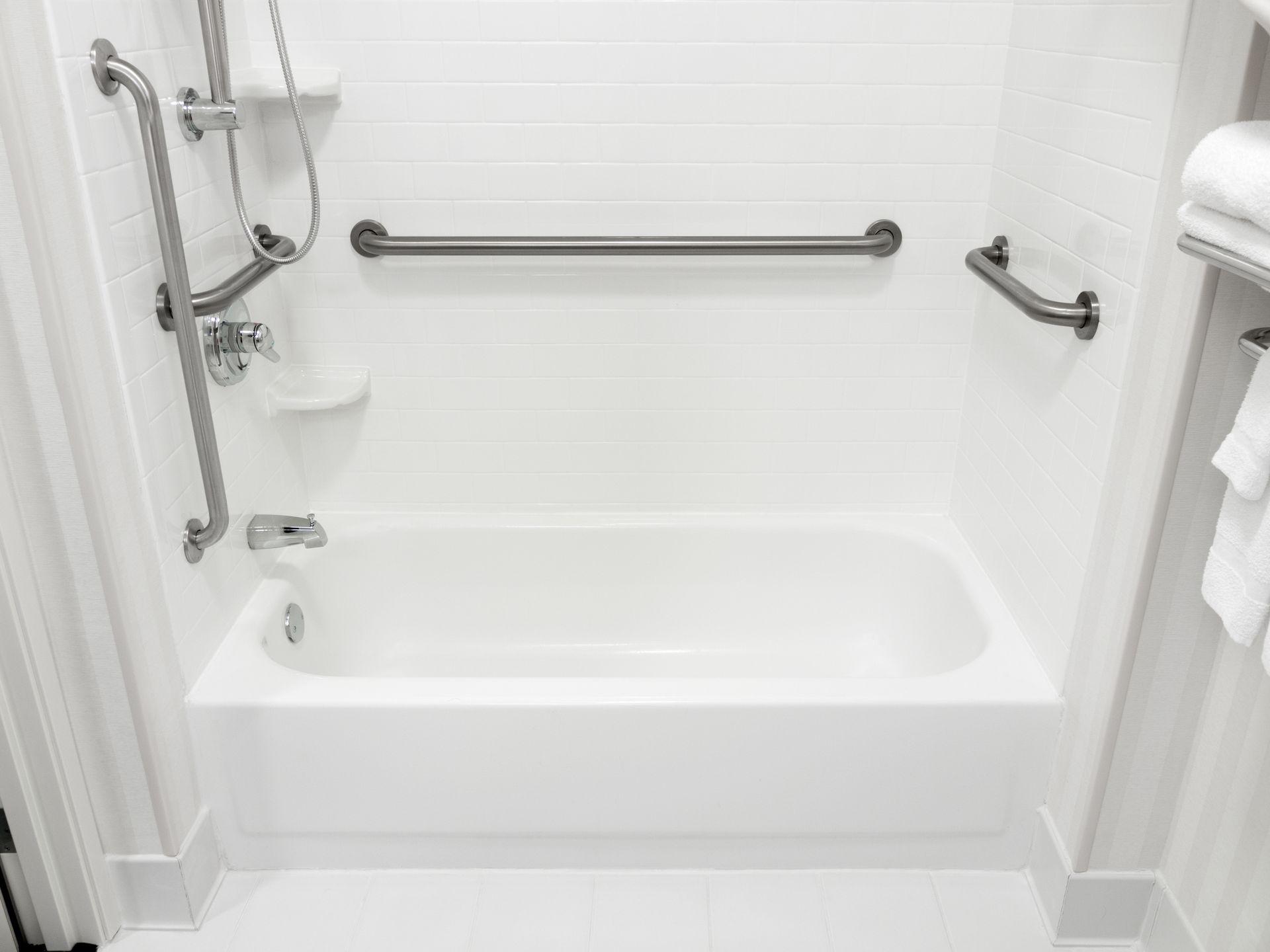 barrierefreies badezimmer interio badezimmer fachzentrum. Black Bedroom Furniture Sets. Home Design Ideas